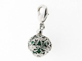 Zilveren bedeltje met Swarovskismaragd kristal in filigrain bol