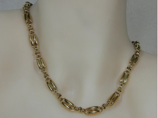 Gouden halsketting modieuze hoogglanzende fantasie schakel collier