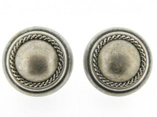 Italiaans fashion oorclip met oud zilveren cabuchon omrand met ketting gezet in oud zilveren chaton