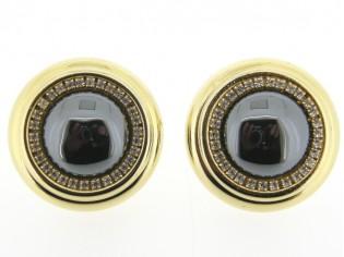 Italiaans fashion oorclip met hematiet edelsteen cabuchon omrand met Swarovski kristallen en gezet in gouden chaton