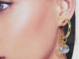 Gouden creool oorhanger met heldere kristallen