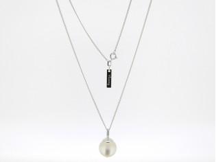 Zilveren collier met ijskleurige bal hangertje