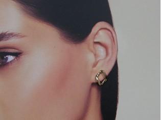 Gouden schakel oorknopje