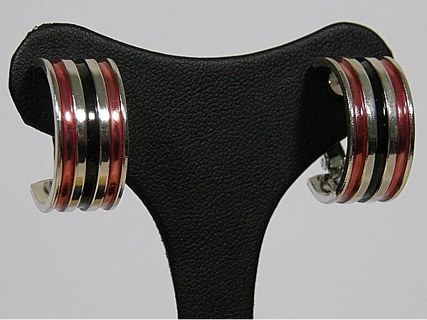 Zilveren brede Franse creolen met oorclip en ingelegde emaille rood zwart