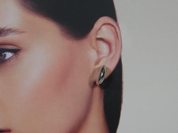 Zilveren bolle creool oorhanger