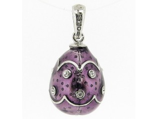 Zilveren Hermitage Sint-Petersburg ei met purple emaille en ingelegde kristallen