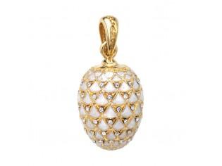 Zilveren hangertje Hermitage Sint Petersburg pendant eitje met 18kt gouden toplaag wit emaille en ingelegde kristallen
