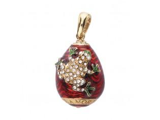 Zilveren hangertje Hermitage Sint Petersburg pendant eitje met 18kt gouden toplaag rood emaille met ingelegde kristallen