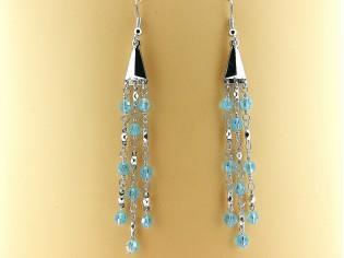 Lange oorhanger met Bermuda blauwe Swarovski kristallen