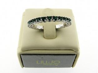 Zilveren trendy ring met Smaragd kristallen