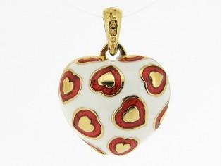 Hangertje in mini hartvorm met gouden hartjes ingelegd met wit rood gekleurde emaille