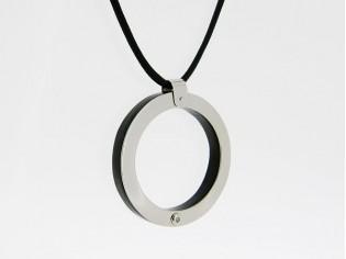 Makuti edelstaal collier met diamant en ebony hout hangertje