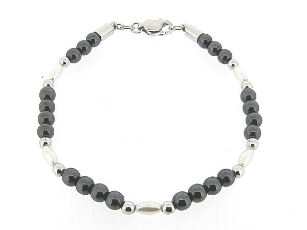 Hematiet armbandje met edelsteentjes gecombineerd met zilveren balletjes en ovale pareltjes