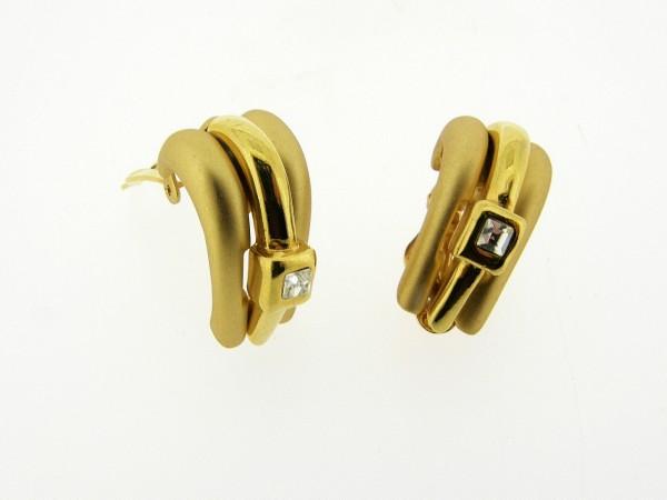 Chique gematteerd gouden vintage oorclip met ingelegde vierkante kristallen