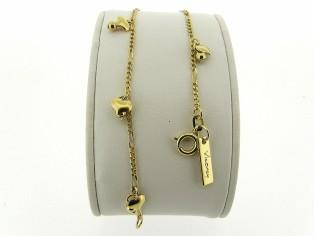Gouden armbandje met fragiele figaro schakeltjes en hoogglanzende hartjes