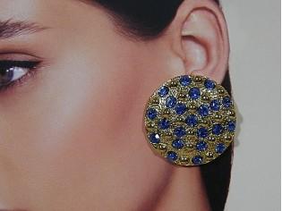Gouden vintage oorbellen met Saffier kristallen ingelegd